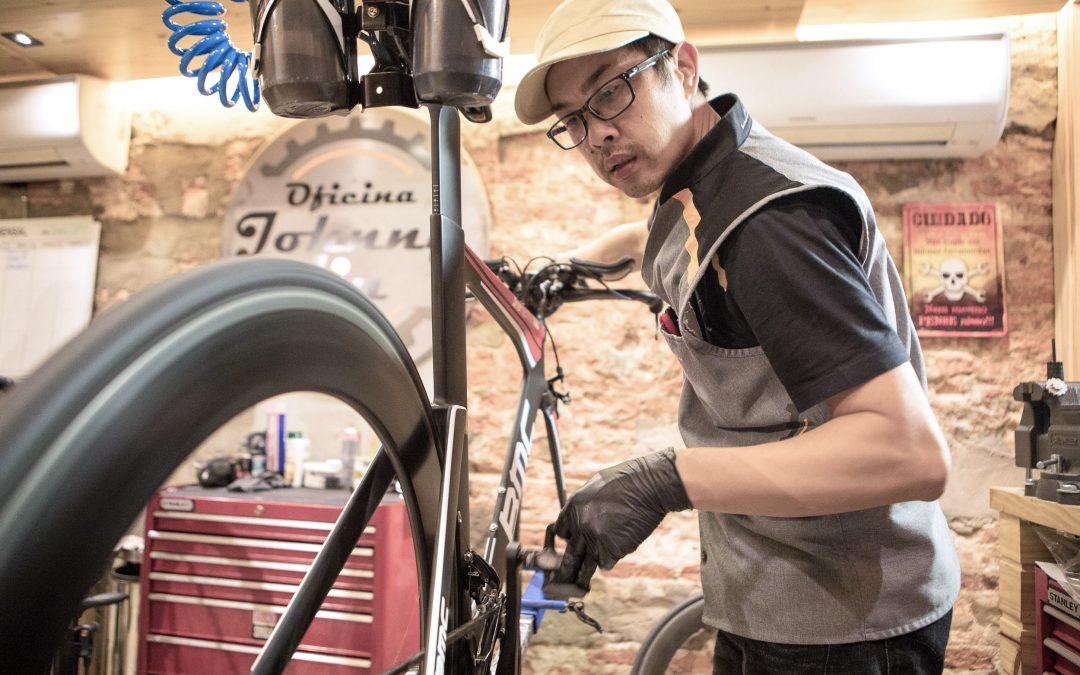 Rolamento de cerâmica ajuda ciclista a obter melhor rendimento