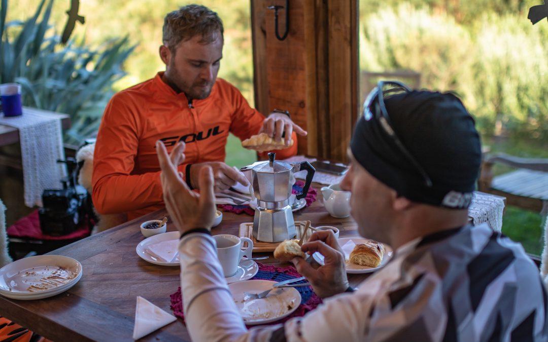 """""""Nutrição no ciclismo é a base de tudo"""", diz nutricionista Breno Sidoti"""